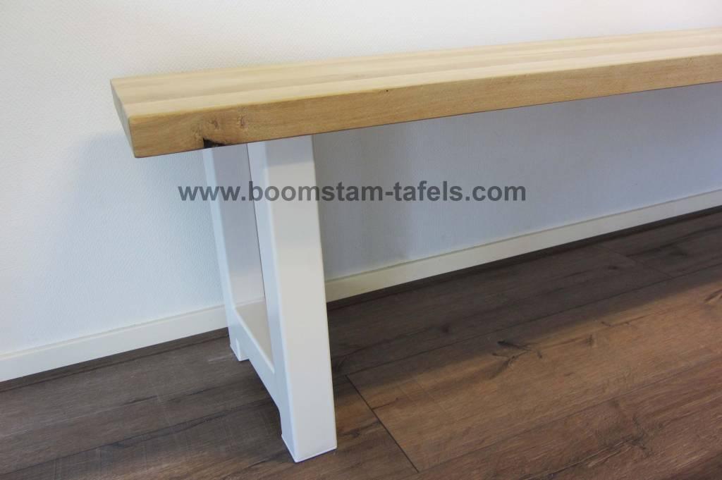 Eetkamerbank met eiken hout en staal combinatie boomstam tafels