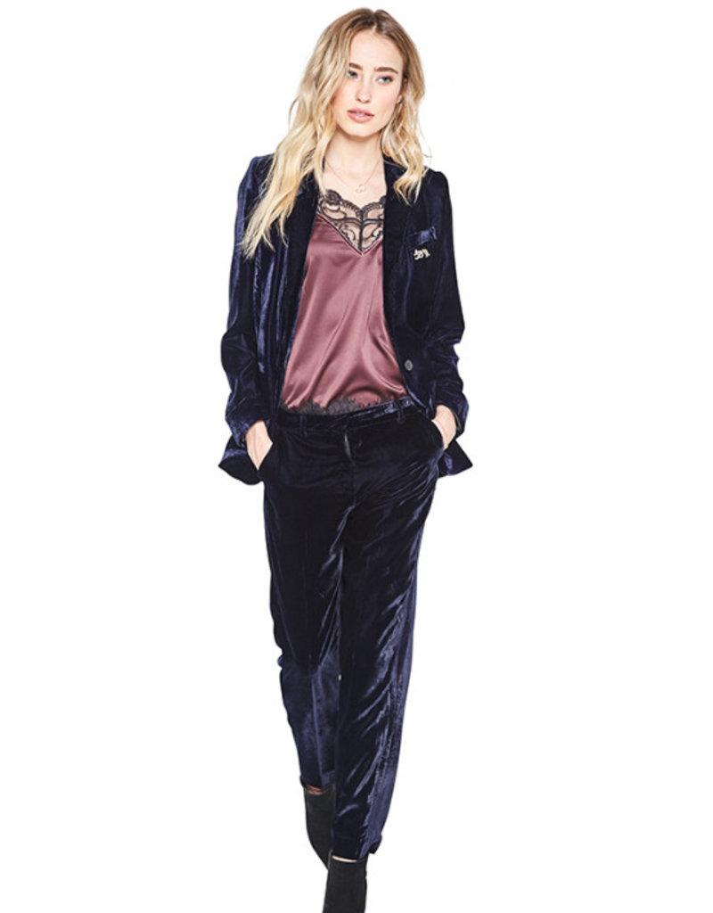 10 Feet 10 Feet - Luxurious velvet blazer with animal brooch