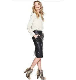 10 Feet Faux Leather Pencil Skirt