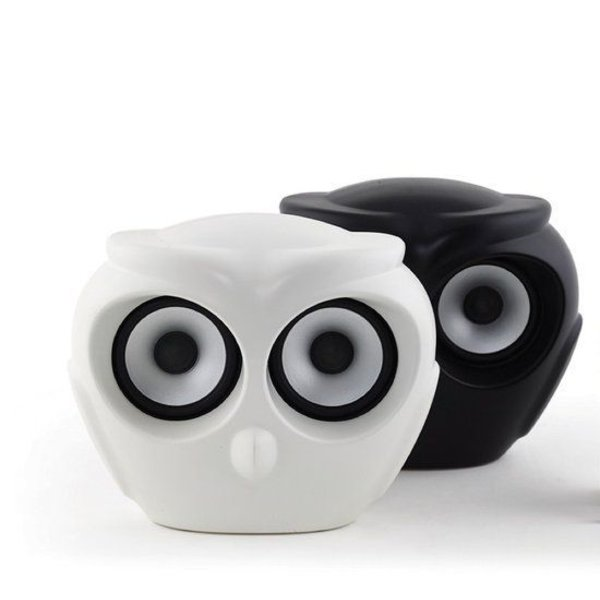 aOwl bluetooth speaker wit