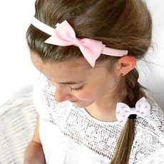 Angesagte Haarreifen in schönen, trendigen Farben