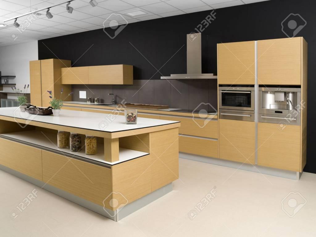 BrandVintage  Black-Cream color Kitchen