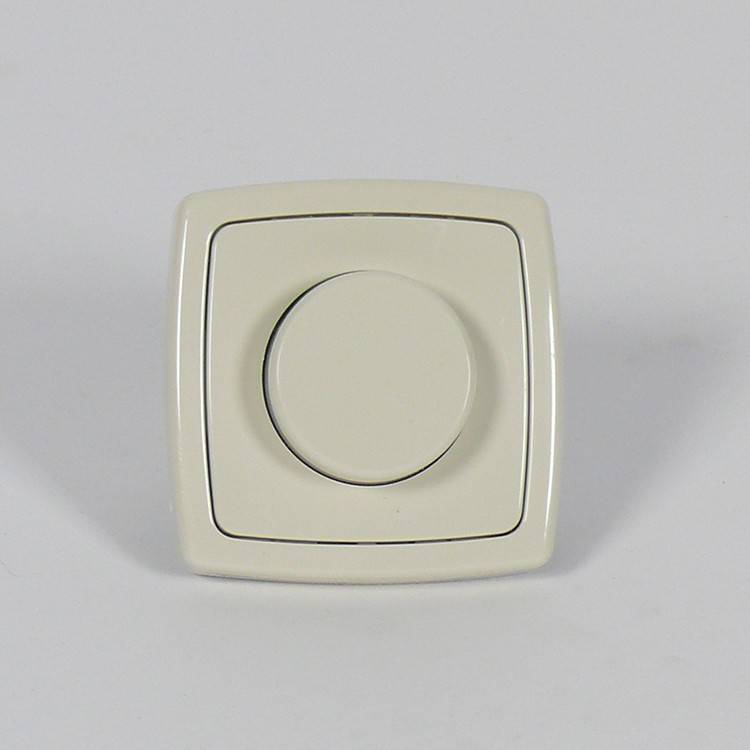 Expo Trading ETH 230 Volt dimmer creme