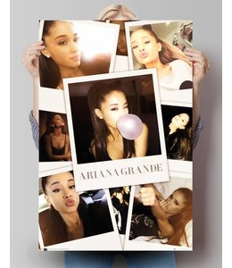 Poster Ariana Grande - selfies in kleur