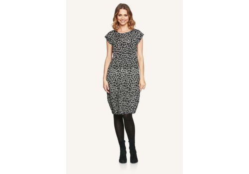 Masai Orabel dress  fitted no slv