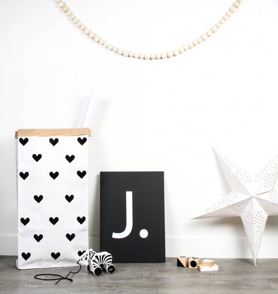 opbergen kinderkamer speelgoed kind opbergen in je woonkamer dit zijn goede ideen minimenl with. Black Bedroom Furniture Sets. Home Design Ideas