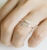 Lovelymusthaves Leaf plant trendy ring silver/gold/rosé