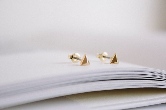 Joboly Very small subtle triangle earrings