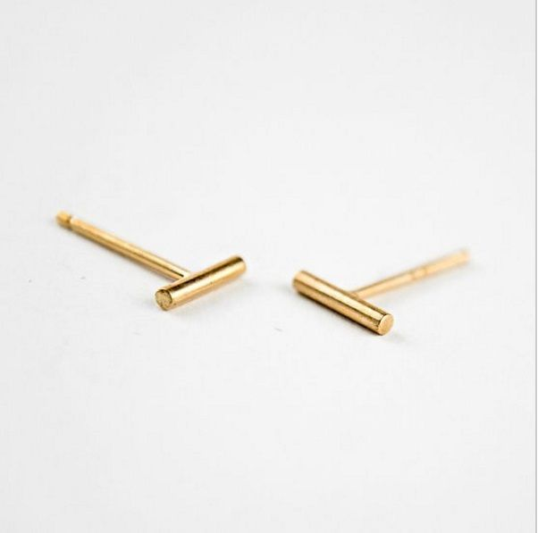 Lovelymusthaves Bar T minimalist round earstuds silver/gold/rosé