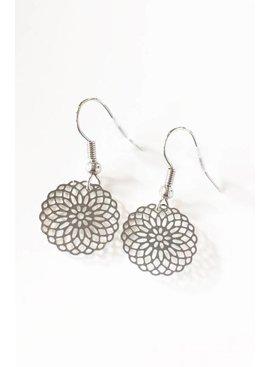 Lovelymusthaves Mandala musthave earrings silver/gold/rosé