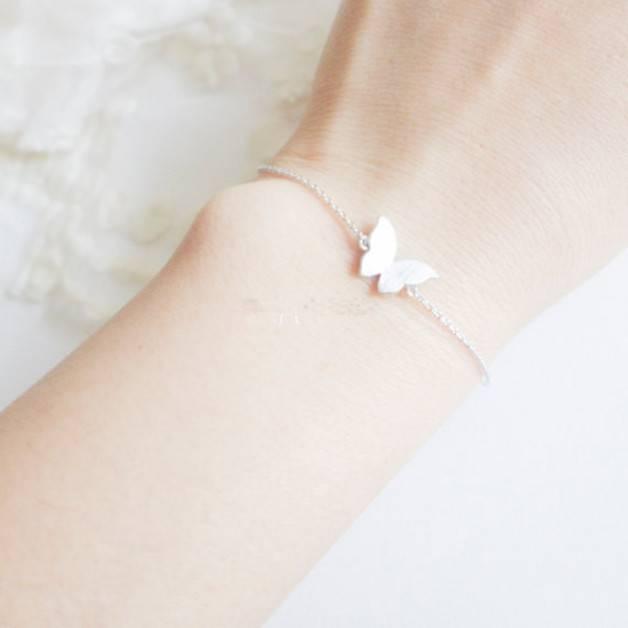 Lovelymusthaves Lovelymusthaves - Butterfly trendy bracelet silver/gold