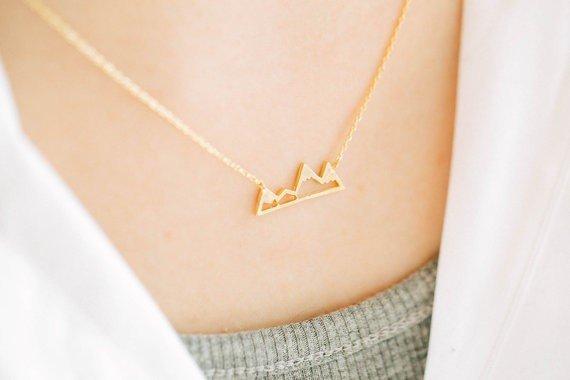 Lovelymusthaves Berg mountain trendy ketting zilver/goud