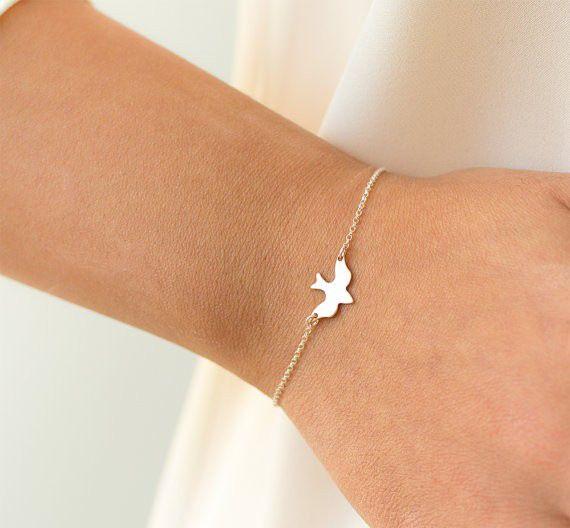 Minimalistic subtle bird bird animal bracelet