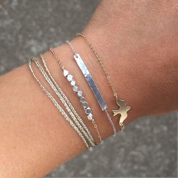Joboly Minimalistic subtle bird bird animal bracelet