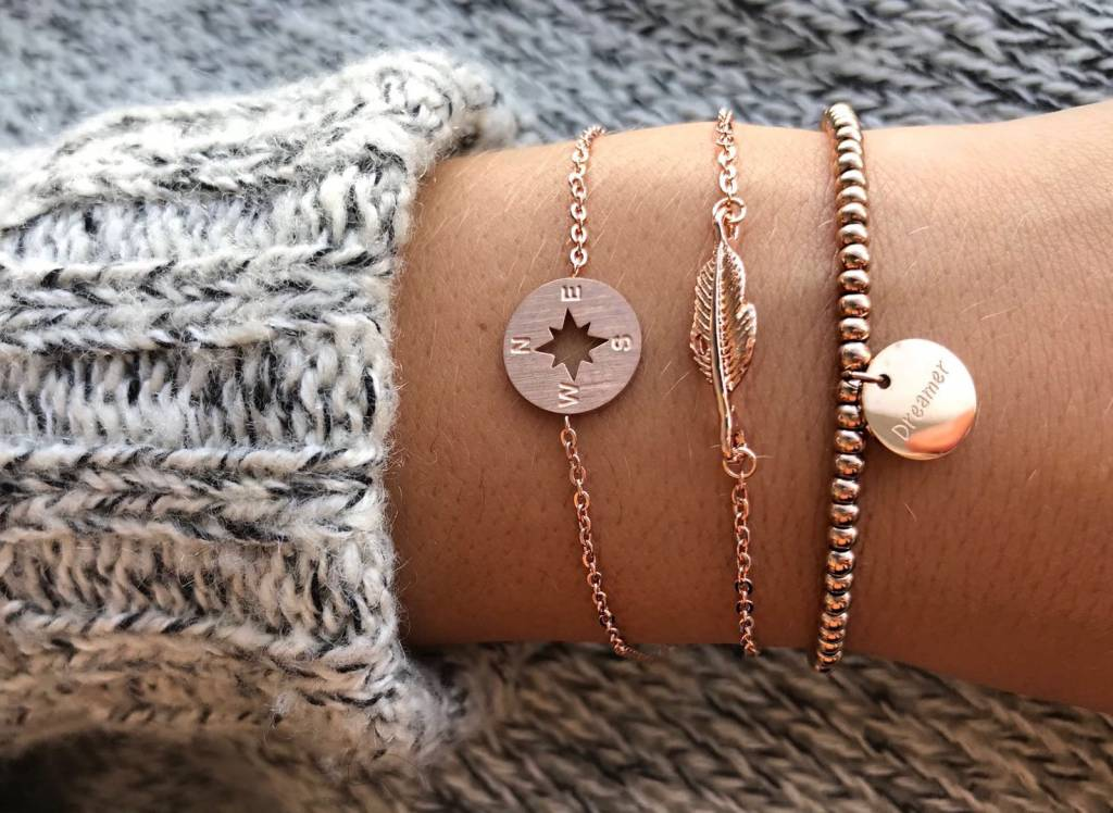 Lovelymusthaves Compass trendy arrow bracelet