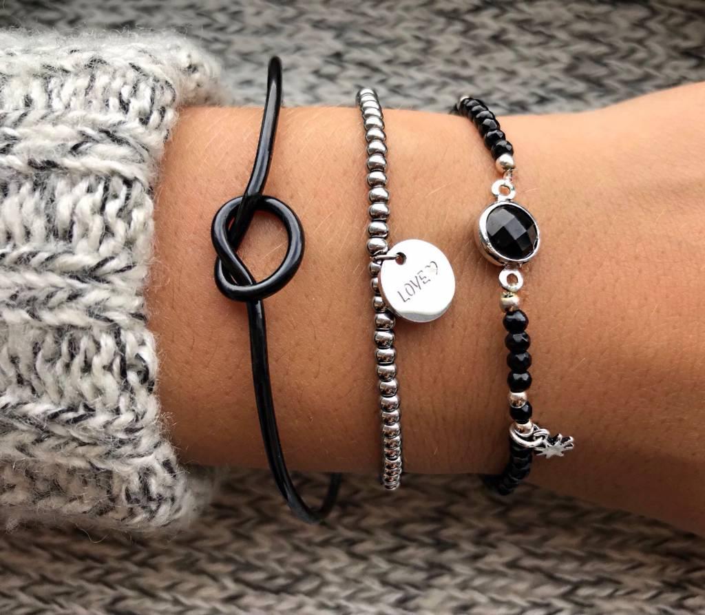 Lovelymusthaves Knot button adjustable bracelet