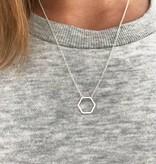 Joboly Hexagon honingraad geometrisch minimalistische ketting