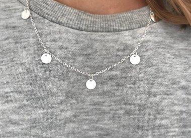 Minimalistische Halsketten