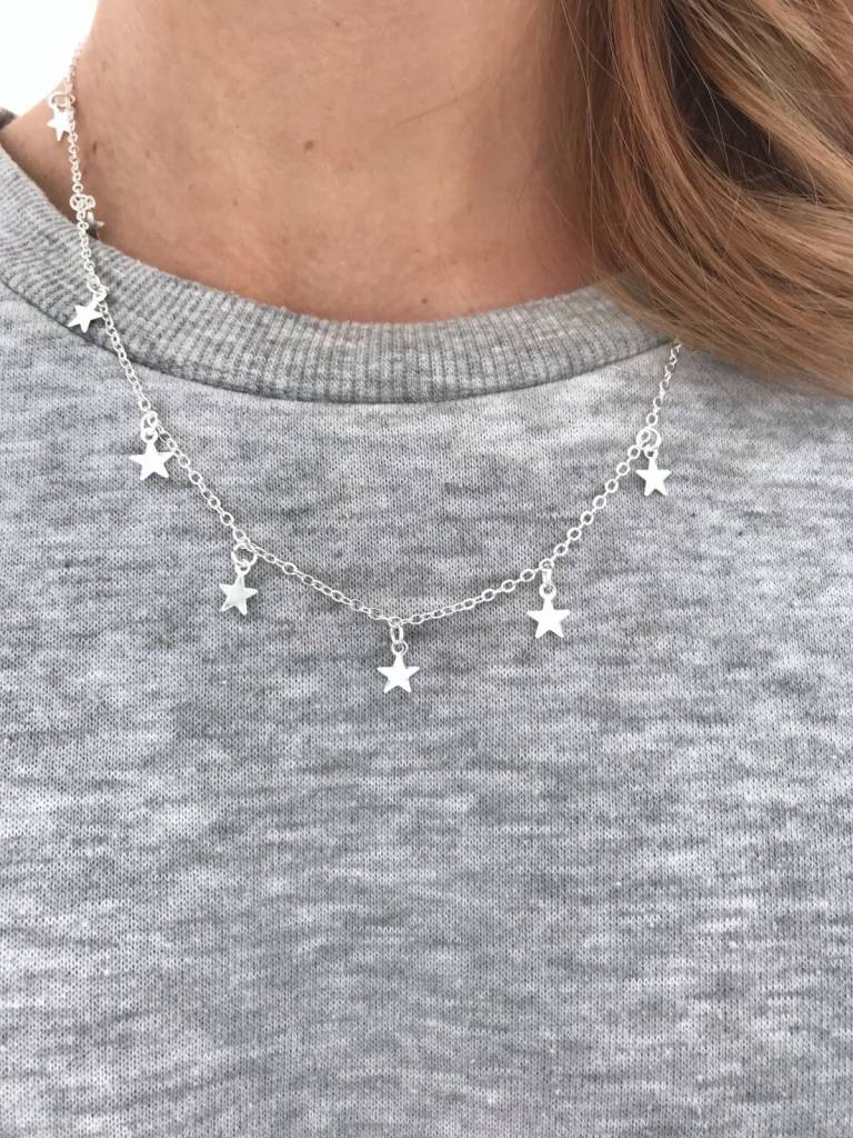 Lovelymusthaves Star necklace