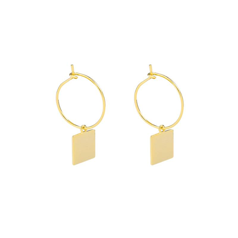 Earrings with a square