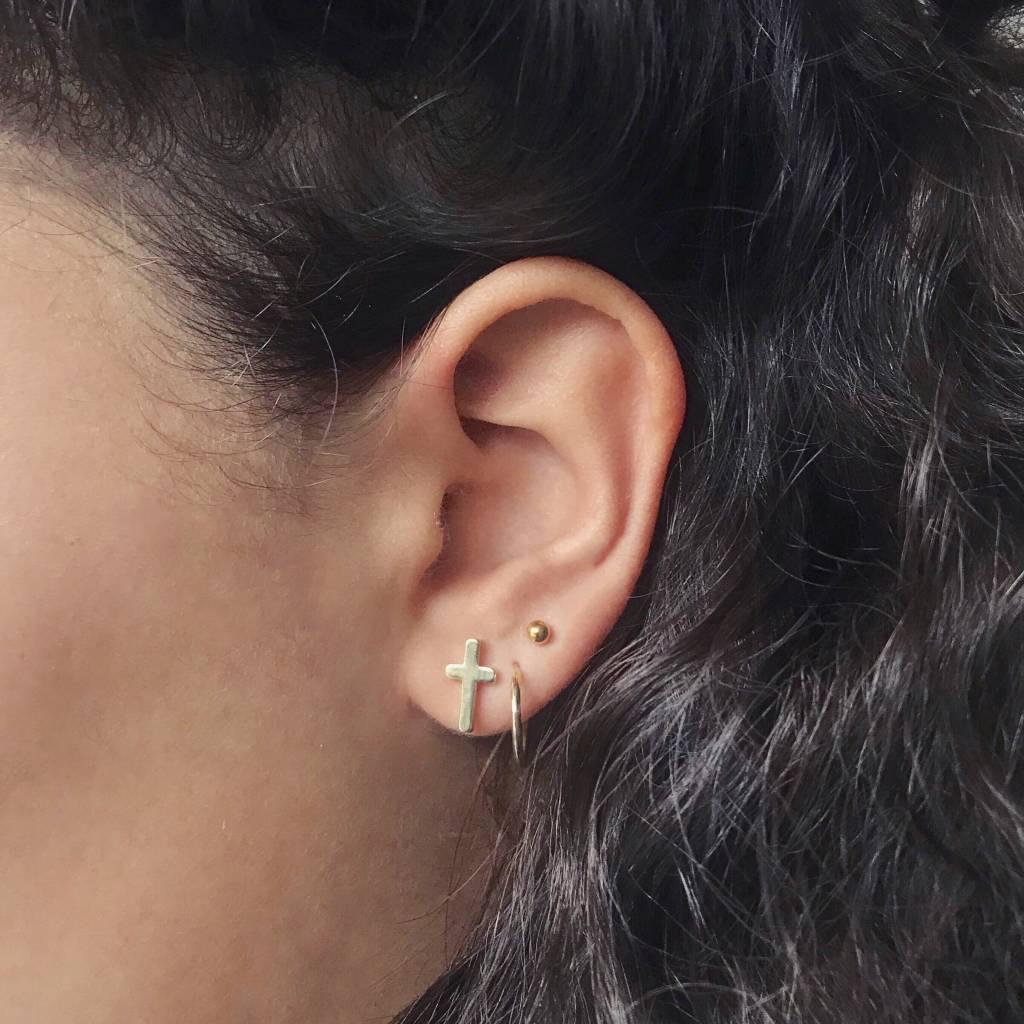 Lovelymusthaves Holy cross god earstuds silver/gold/rosé
