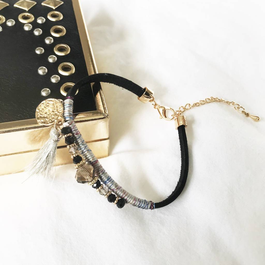 Lovelymusthaves Ibiza bracelet with tassel