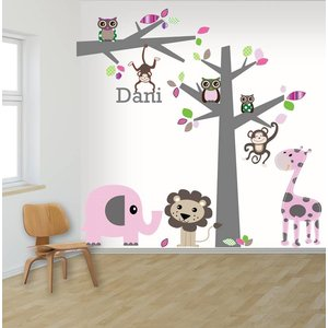 Muursticker boom en tak jungle pink, met naam!