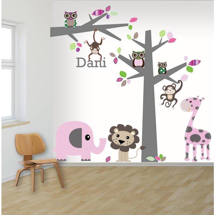 Muursticker boom en tak jungle pink, met naam!
