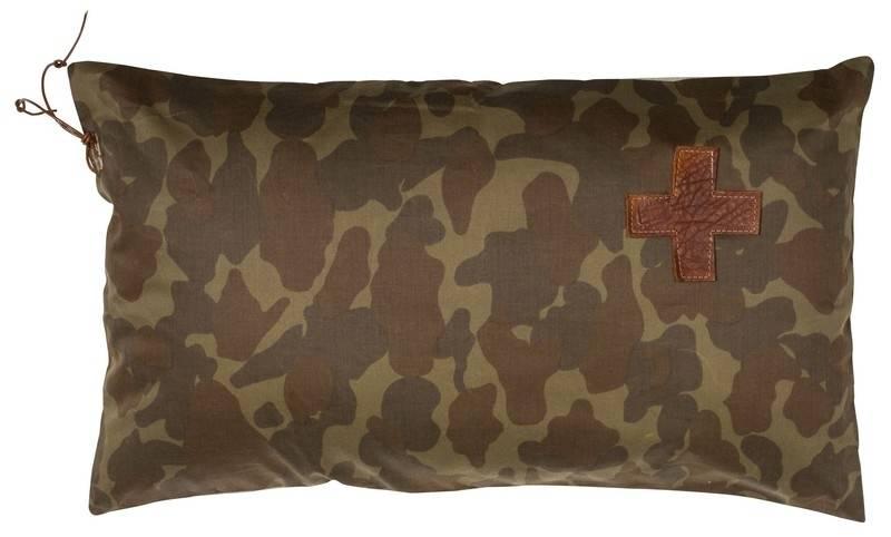 https://static.webshopapp.com/shops/211067/files/123881864/stapelgoed-leuke-camouflage-kussen-van-het-merk-st.jpg