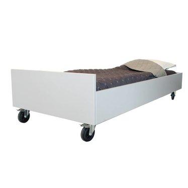 Bedhuisje Leuk Bed van Bedhuisje Gebroken Wit