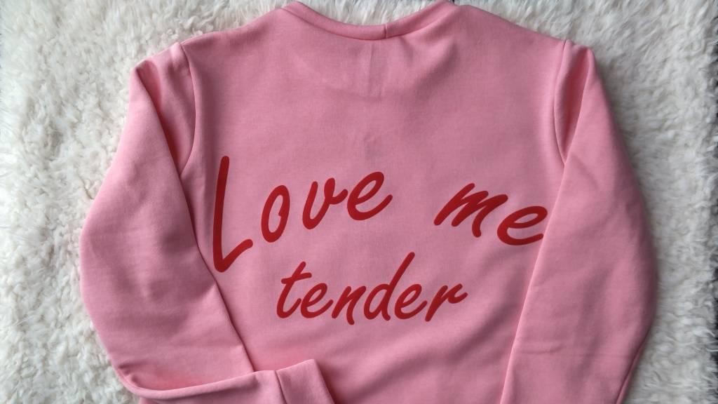 Sweater 'Love me Tender'