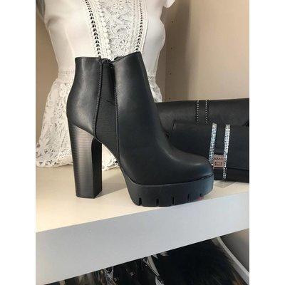 Jaimy Yolanthe boots