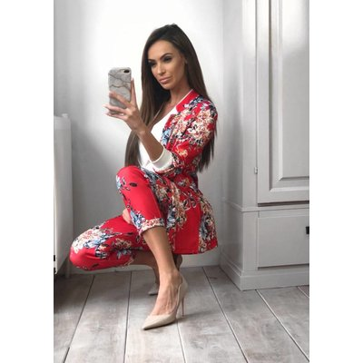 Jaimy Florie suit red