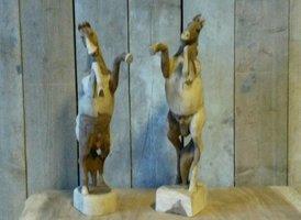 Houten paard, steigerend, middel