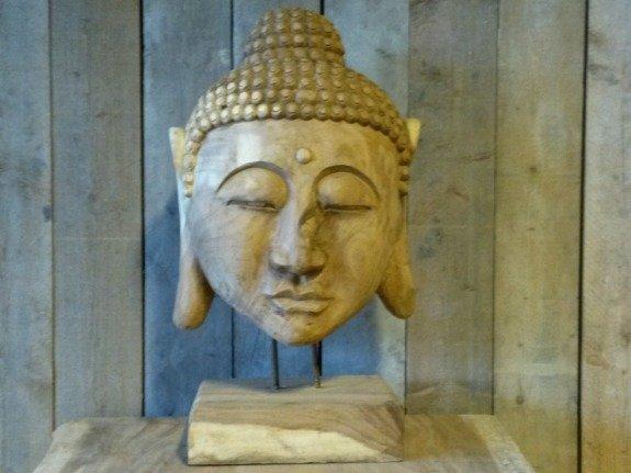 Houten Boeddha op voet - groot