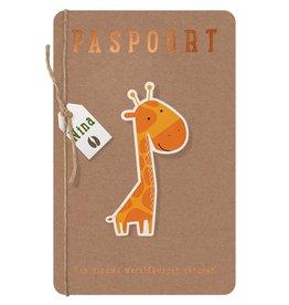Belarto Welcome Wonder Geboortekaart als paspoort met diertjes en labeltje