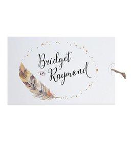 Belarto Bohemian Wedding Trouwkaart in 'Bohemian Style' met veermotief en leder koordje