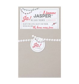 Belarto Bohemian Wedding Trouwkaart met parelgrijs jasje en lintje met label