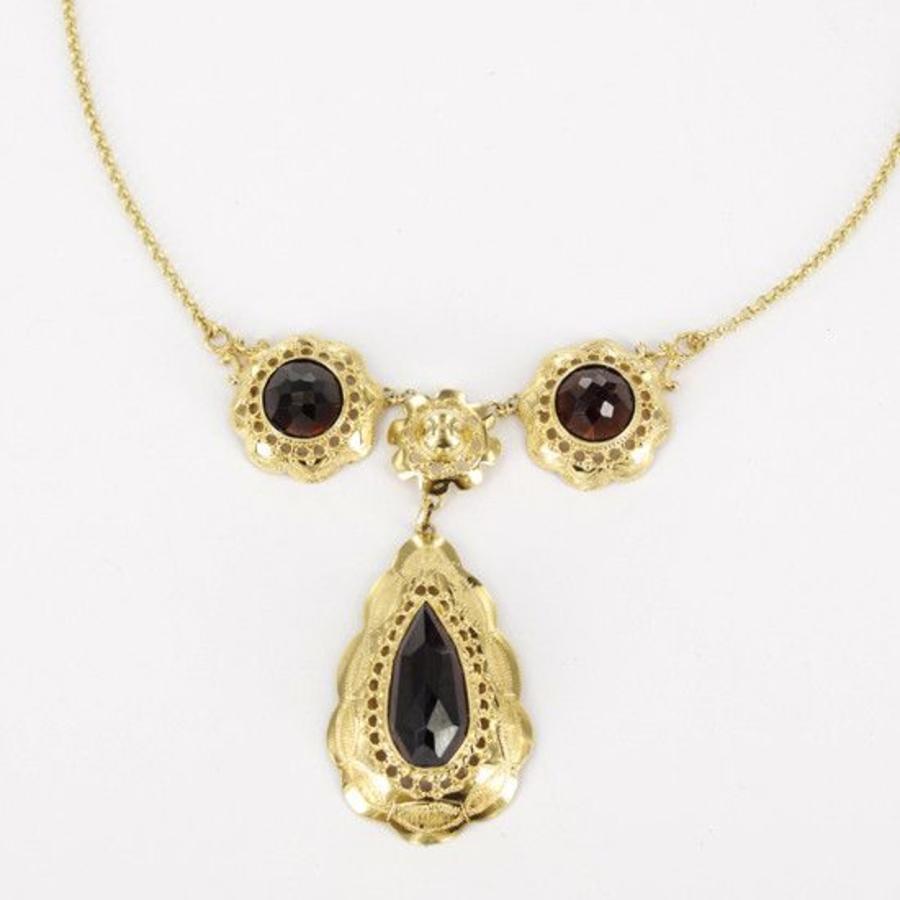 14 karaat geelgouden collier met granaat