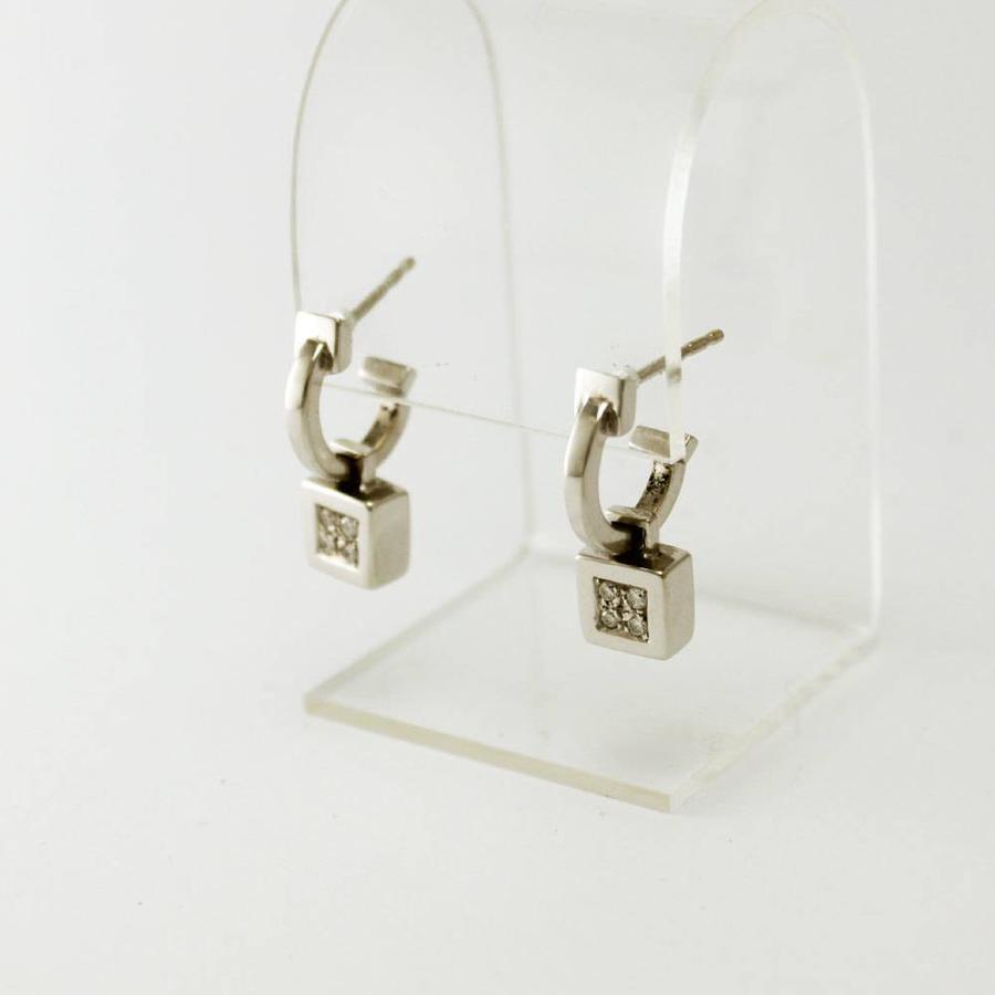 18 krt. wit gouden oorbellen