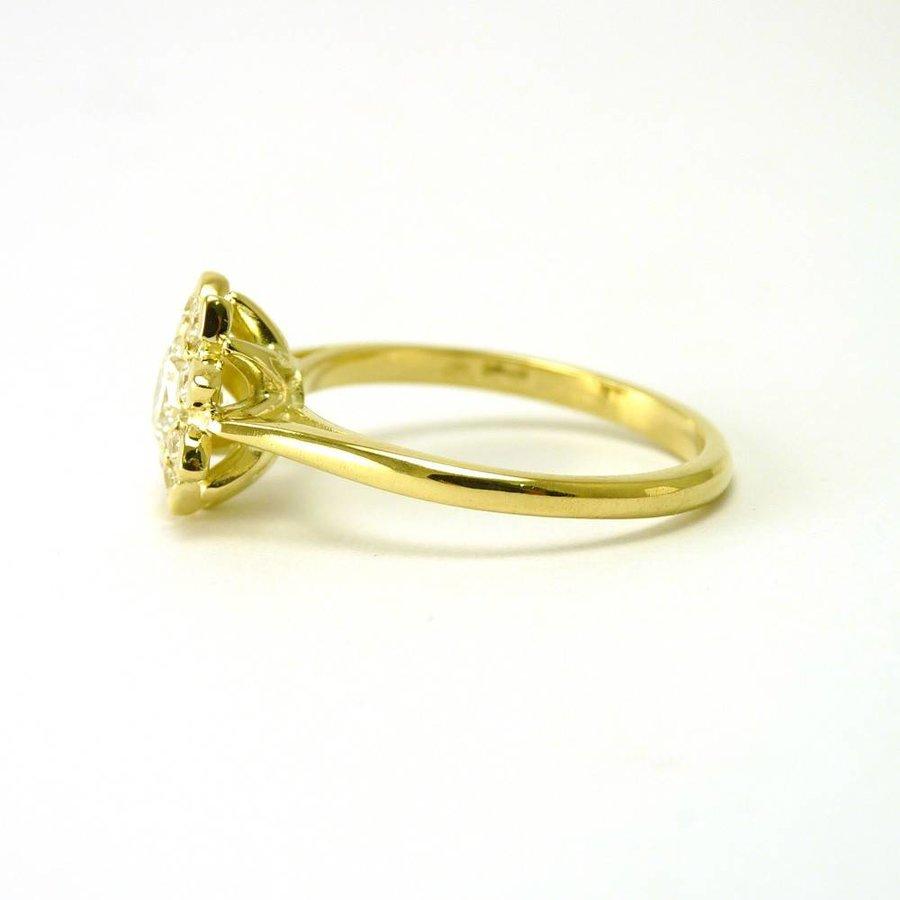 14 karaat geel gouden damesring met briljanten