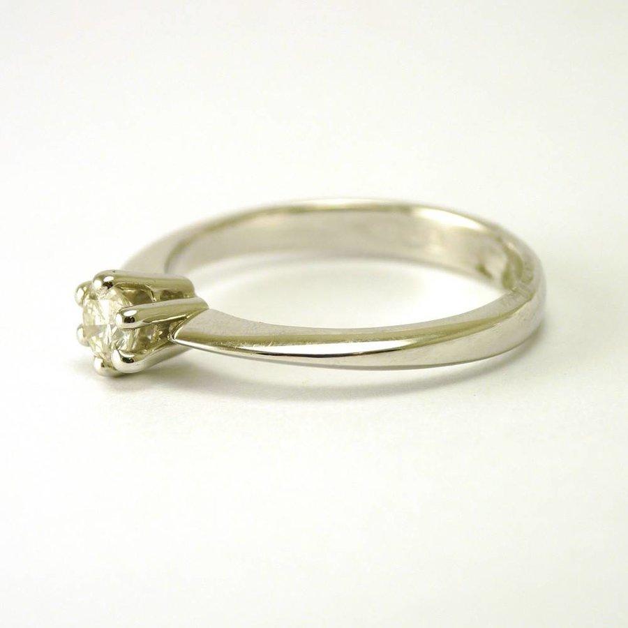 18 karaat gouden solitair ring