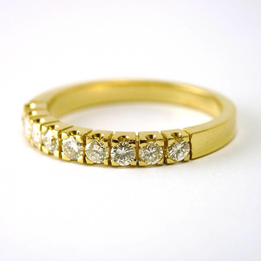 14 karaat geel gouden ring met briljanten