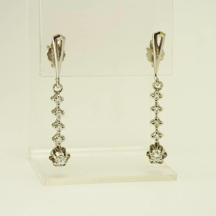 14 karaat wit gouden oorbellen met briljanten