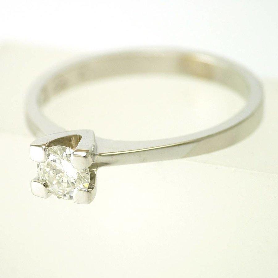 14 krt. wit gouden solitair ring