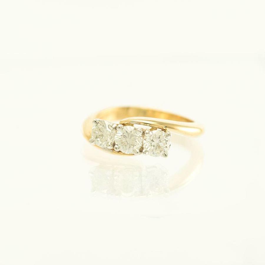 18 krt. geel gouden ring met briljanten