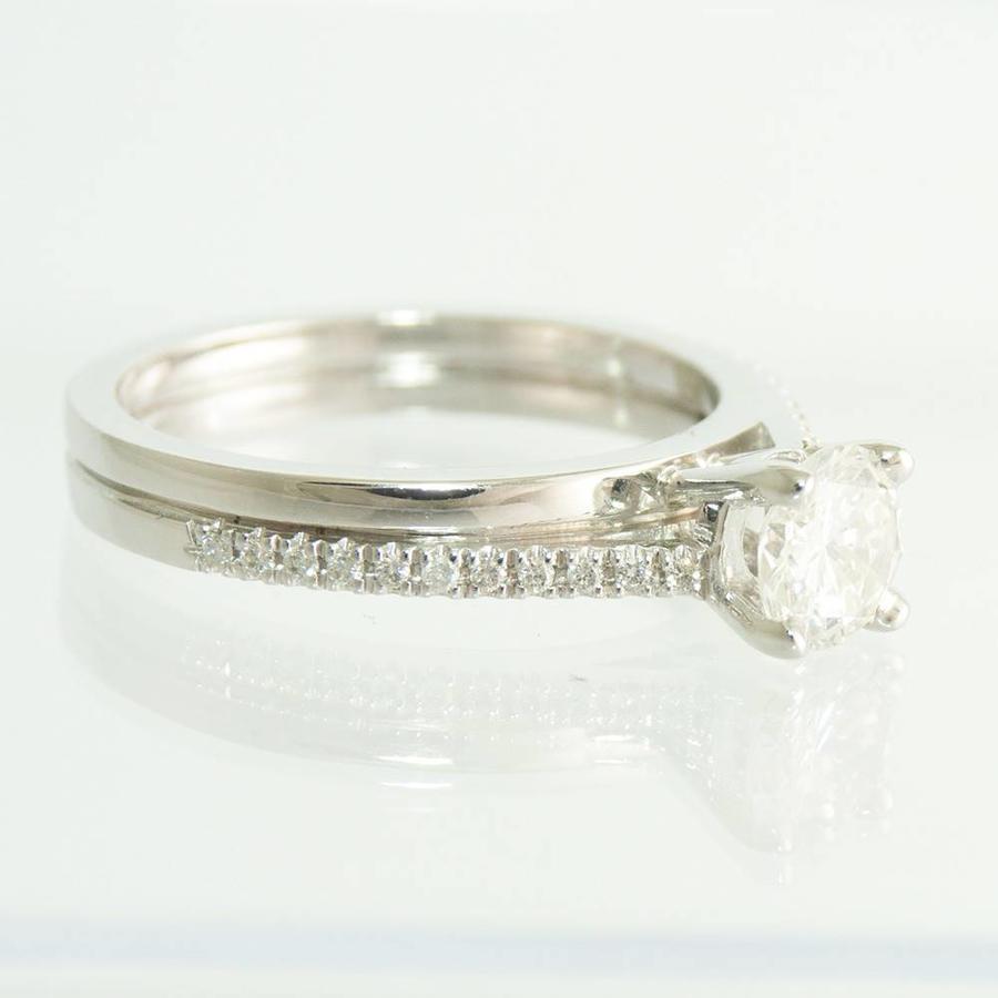 18 krt. wit gouden ring