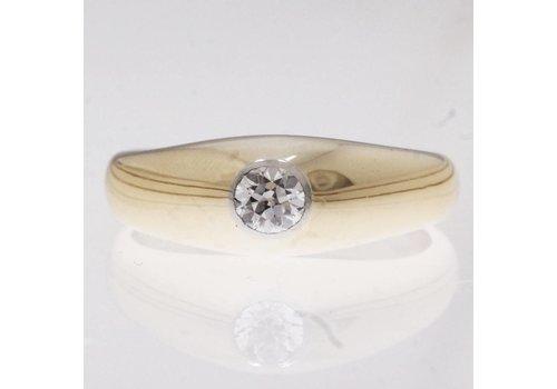 Massieve 14 krt gouden ring met briljant geslepen Diamant van 0.30ct
