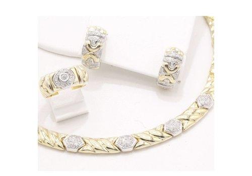 14 krt bi-color gouden sieraden set. bestaande uit collier. ring en oorbellen met Diamant