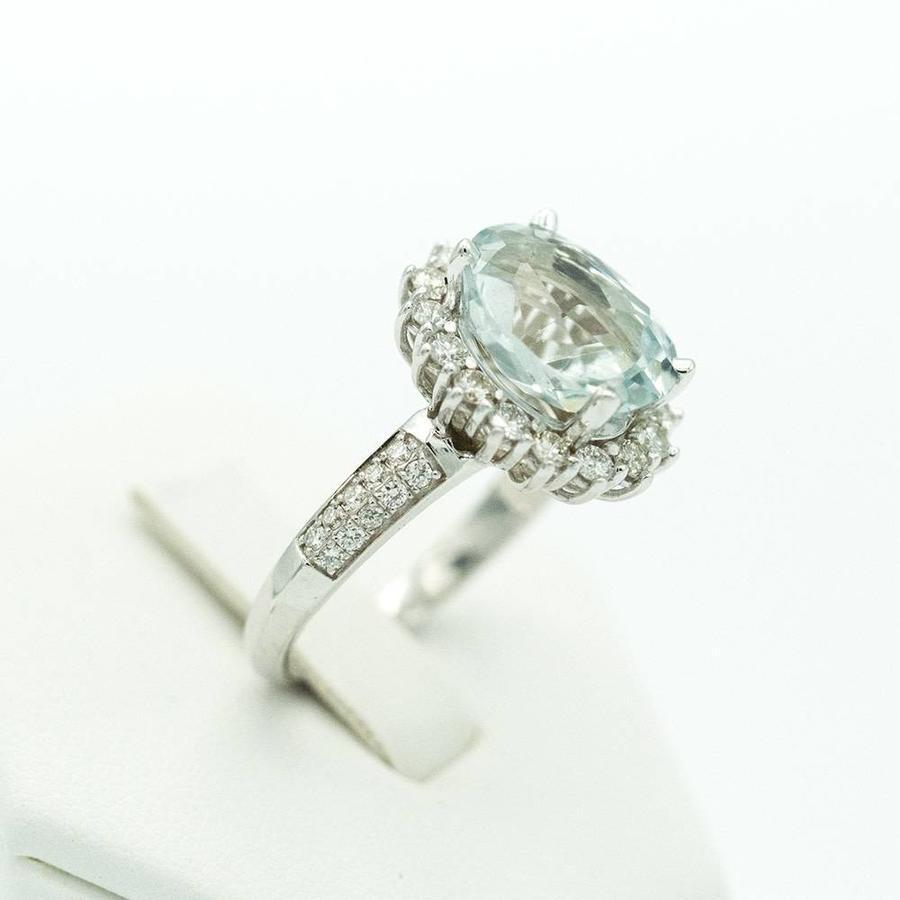18 krt. wit gouden ring met aquamarijn